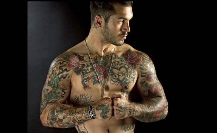 16 buoni motivi per uscire con un uomo tatuato