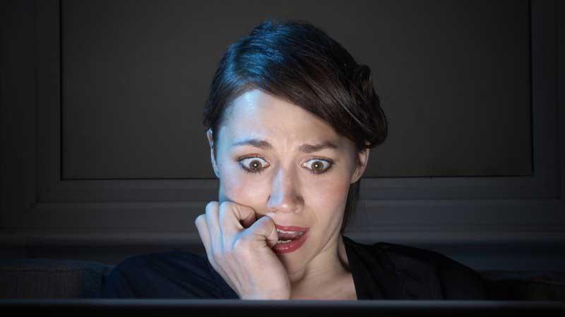 Le donne si attizzano con i porno come gli uomini
