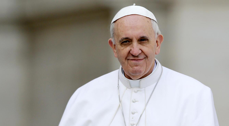 20 buoni motivi per fidanzarsi con Papa Francesco