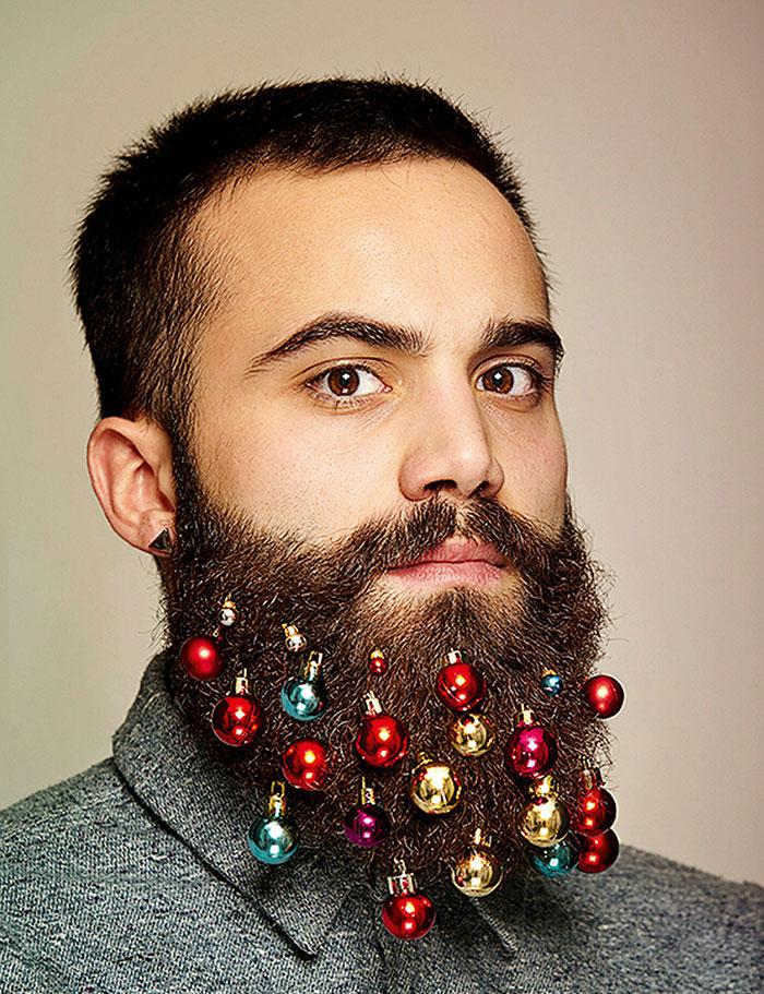 Le palline di Natale per barba