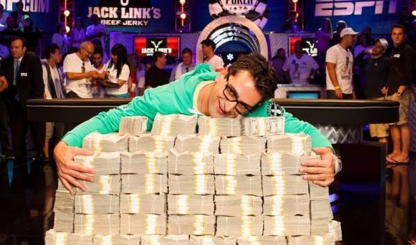 Venti conseguenze di fidanzarsi con un pokerista