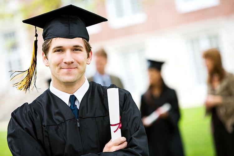 Perché chi si laurea in tempo non merita rispetto